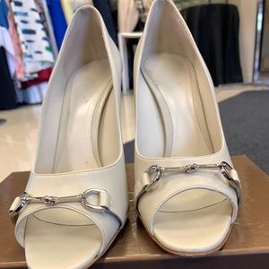Gucci White Open Toe Heeled Sandals